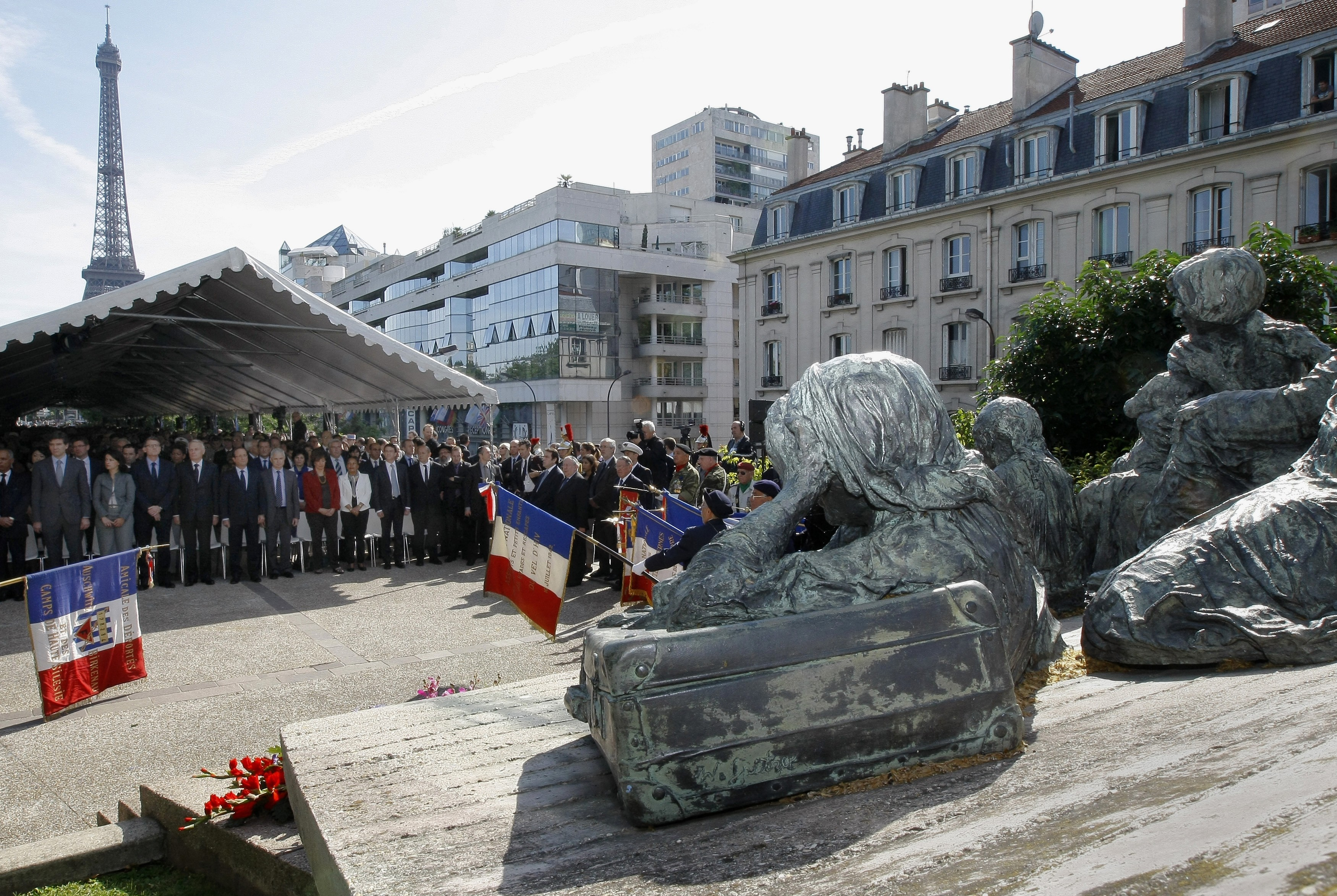 A commemoration ceremony in front of the memorial of the Vel D'Hiv roundup (Rafle du Velodrome d'Hiver) in Paris [File Reuters]