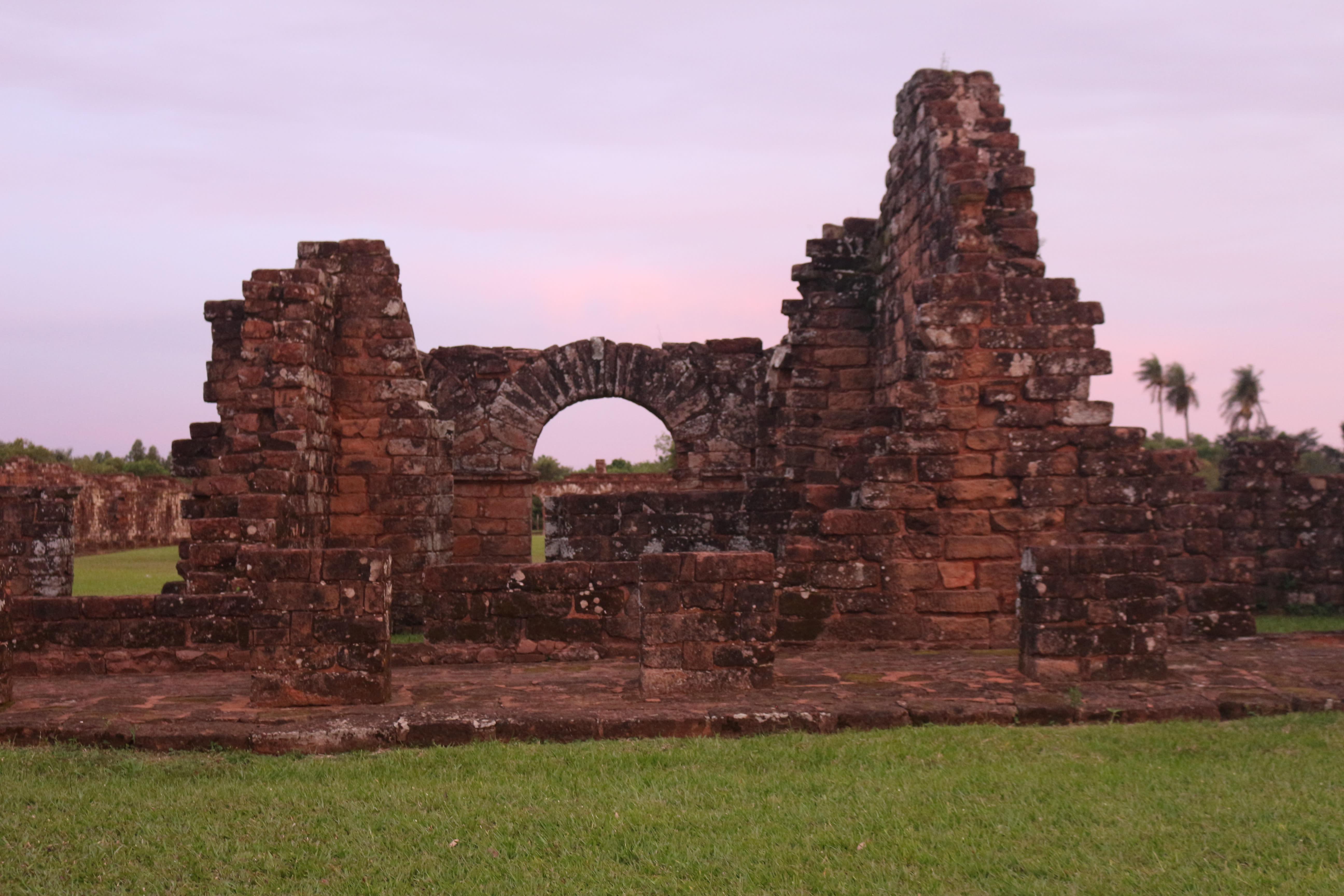 Ruins of the Holy Trinity of the Paraná (ANNA AHRONHEIM)