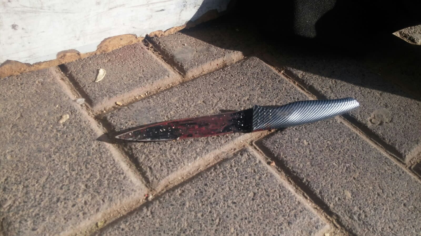 The knife used in the stabbing attack at Jerusalem Central Bus Station, December 10, 2017