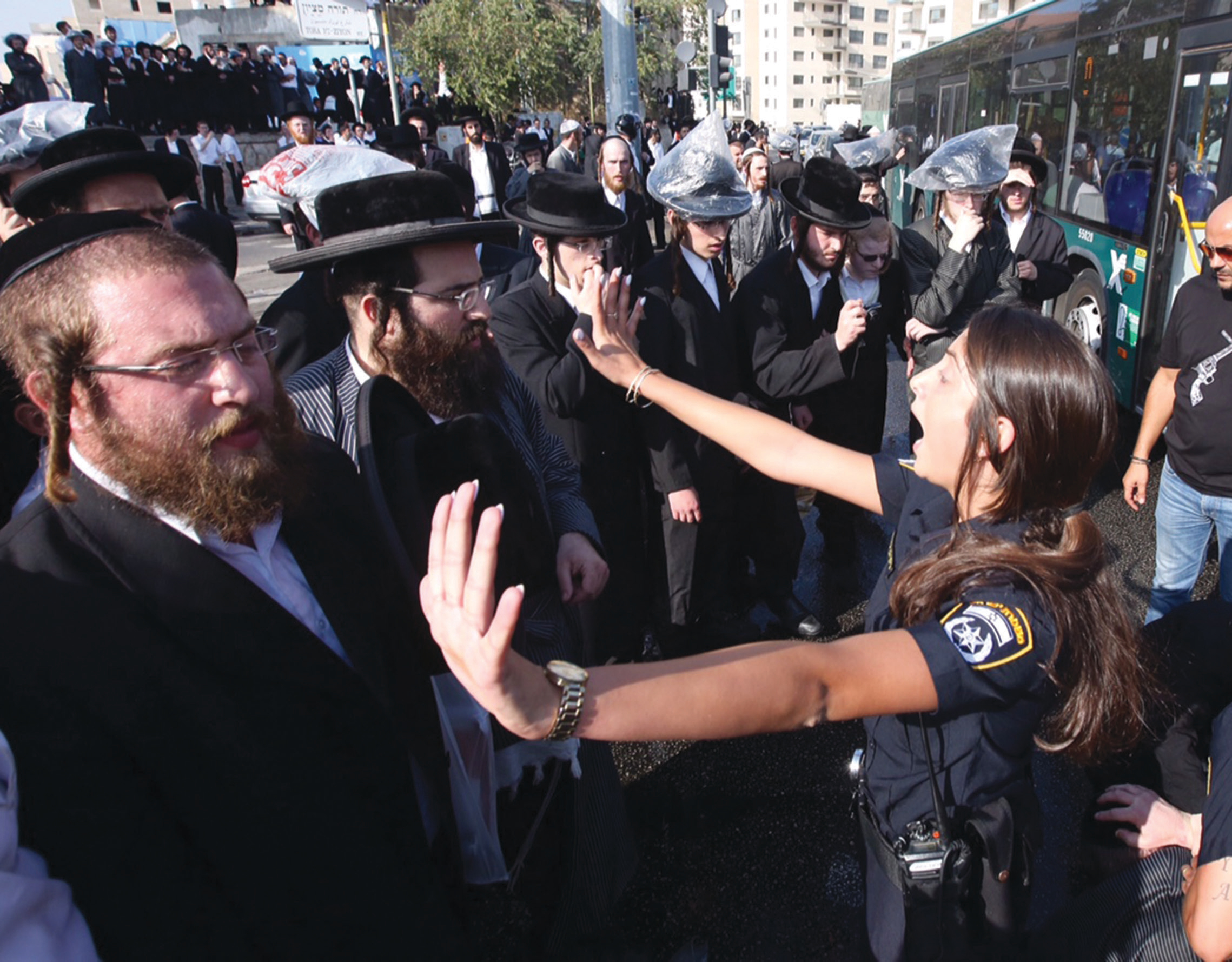 Haredi rioters affiliated with extremist communities block traffic at Jerusalem junction. (credit: Marc Israel Sellem)