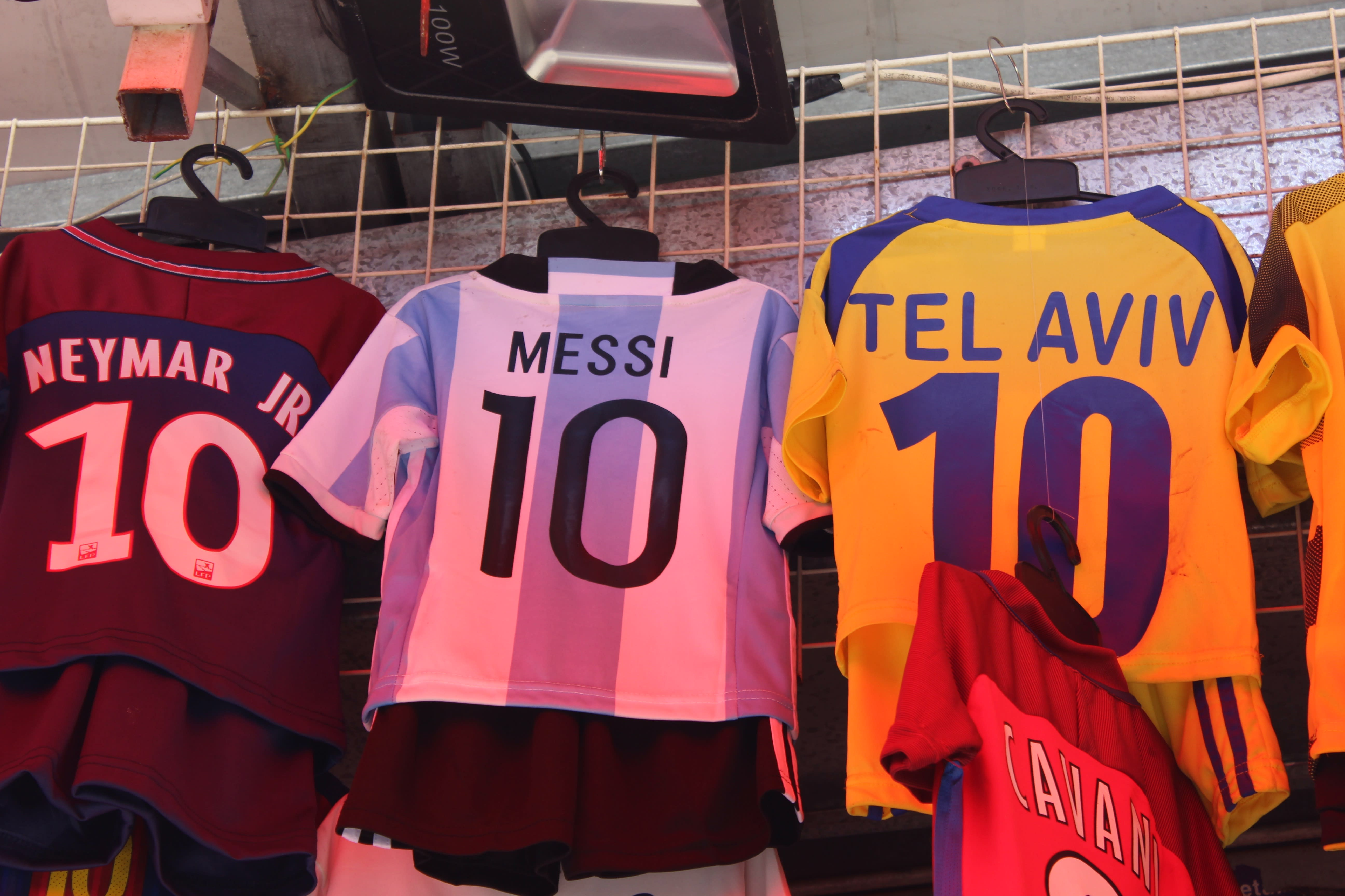 Messi shirts are a popular sight in Israel (Ruty Korotaev)