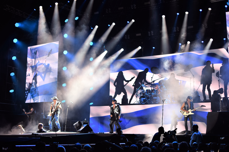 The Scorpions performing at Tel Aviv's Menora Mivtachim Arena, July 19 2018 (JULIANE HELMHOLD)