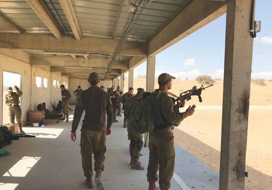 Firing at targets at a live-fire range near Nitzana. ( SETH J. FRANTZMAN)