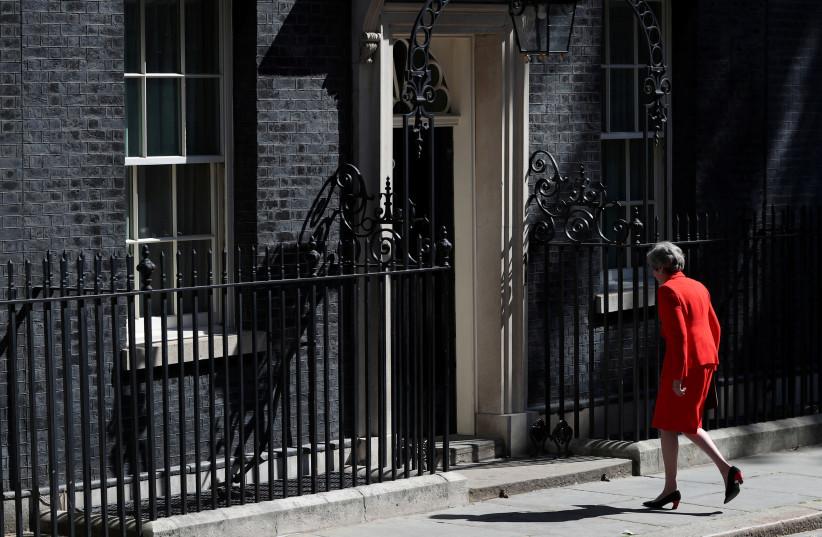 Departing British PM lauded for combating antisemitism and Hezbollah - Diaspora - Jerusalem Post