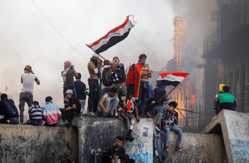 Iraq: 400 killed, 15,000 injured, one Prime Minister out - Jerusalem Post