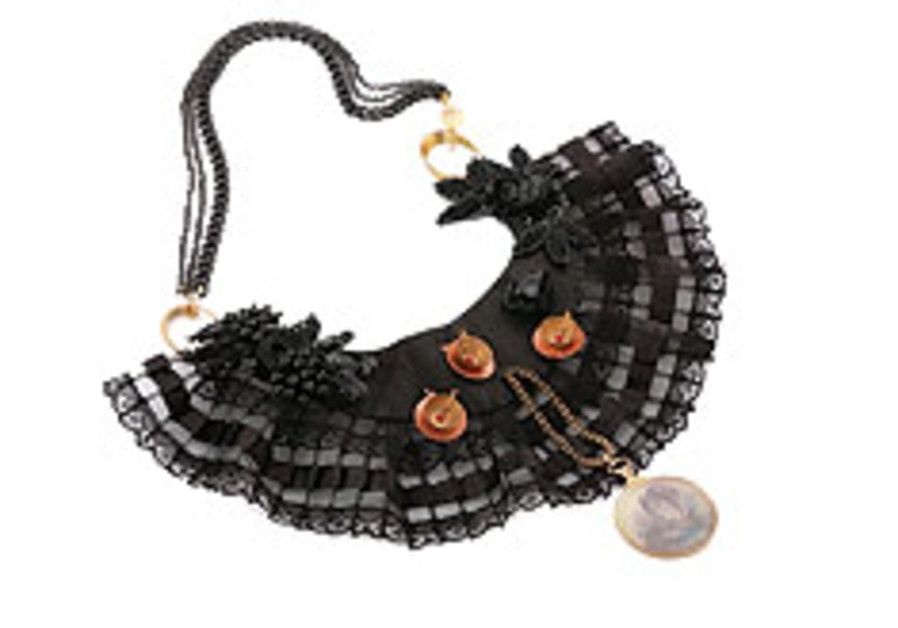 Inspired-jewelry design expo opening in Moshav Bat Shlomo