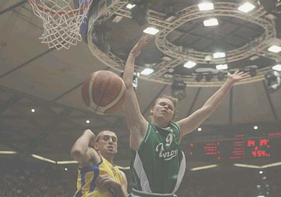 Vujcic rewarded for second Euroleague triple double