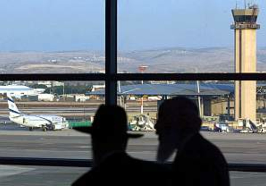 El Al, haredim head toward compromise