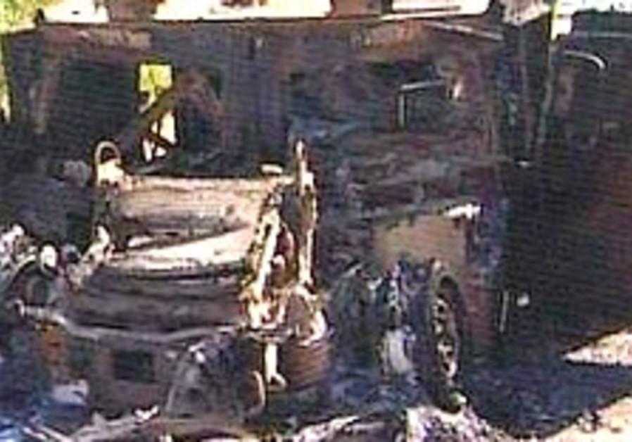 burned regev goldwasser jeep 224 ch 10