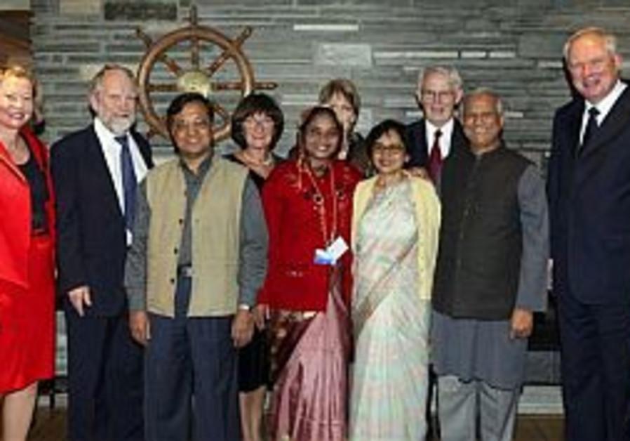 Bangladeshi economist receives Nobel Peace Prize