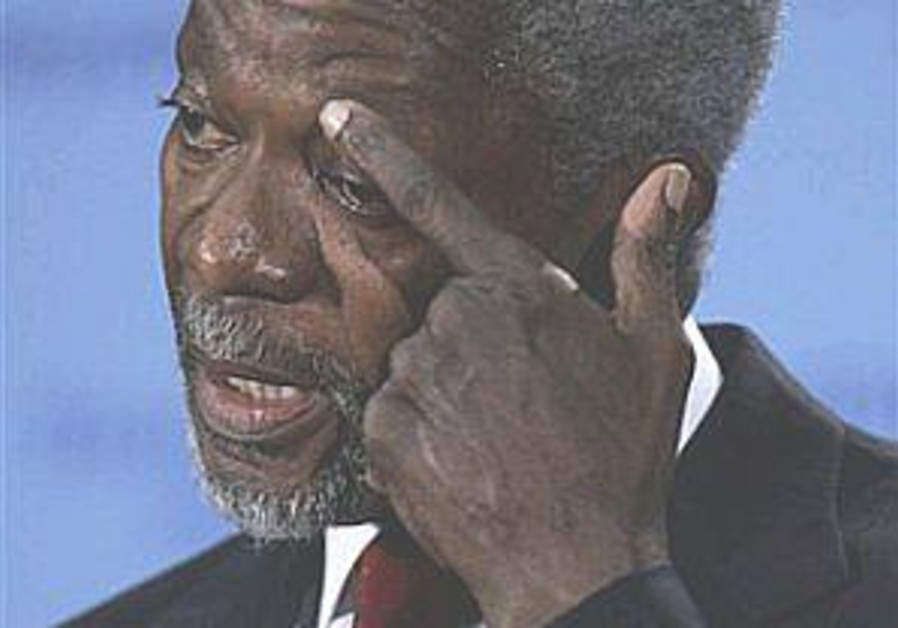 Annan: US must not sacrifice democracy in war on terror