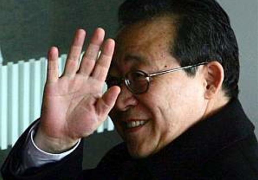 N. Korean leader vows harsh response to sanctions