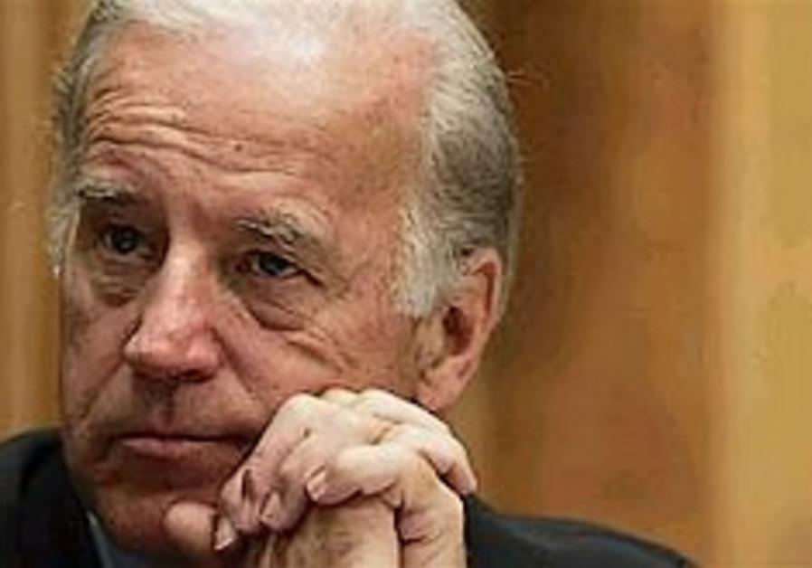 Senator active on access to Nazi files
