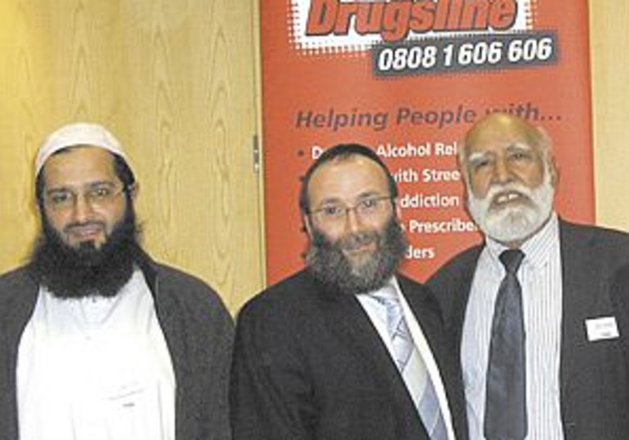 UK Muslim drug addicts to get help from Jewish fund