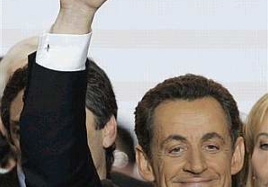Sarkozy: Israel has right to protect itself