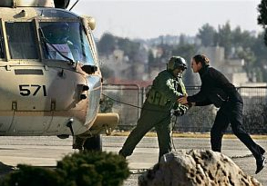Stuck in traffic, envoy rents chopper to make it to Peres