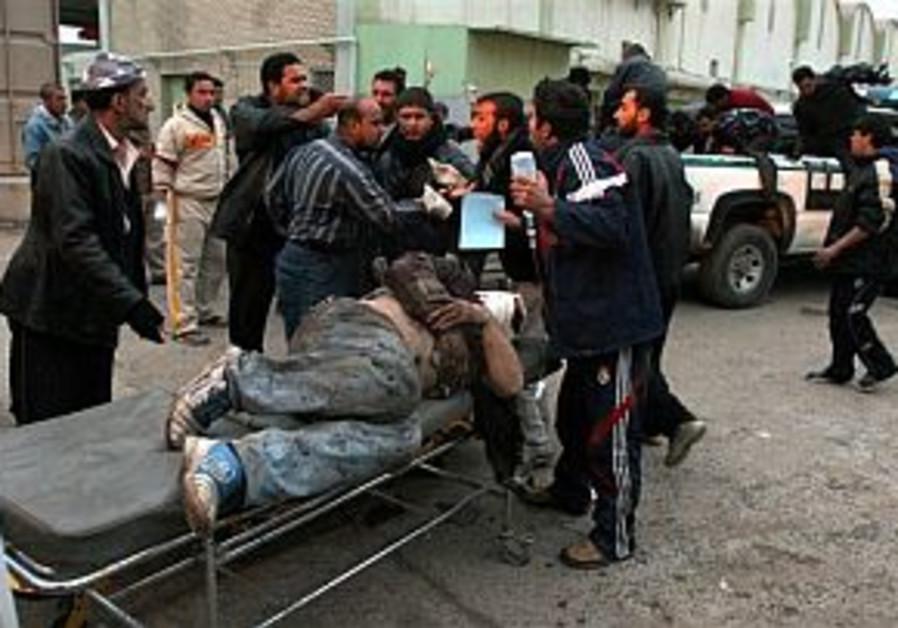 Baghdad market bomber kills 121