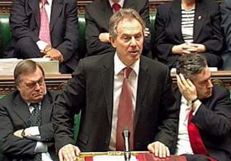 Blair: Britain to reduce number of troops in Iraq