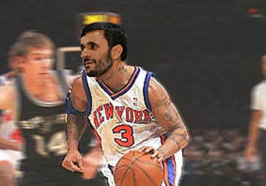 Nuke crisis resolved as Ahmadinejad is dealt to Knicks