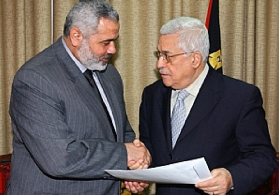 Sneh: Talk to Abbas, drive out Hamas