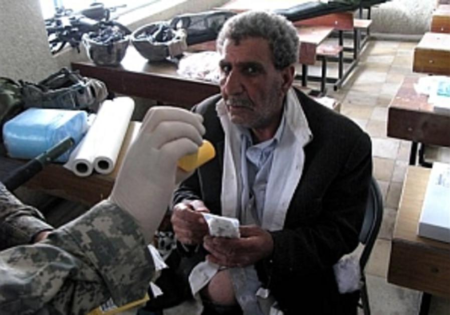 Iraq: 8 killed, 350 fall ill from chlorine-gas attack