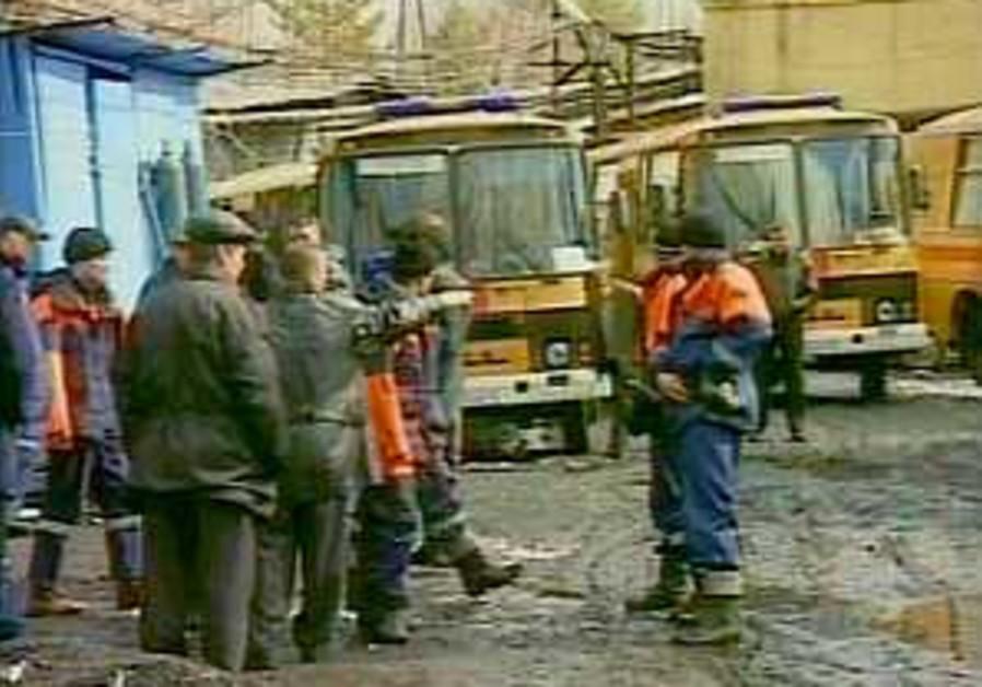 Russia: 104 confirmed dead in coal mine explosion