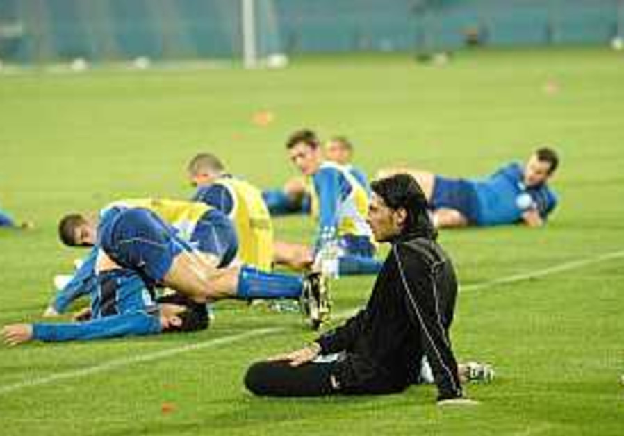 Soccer: Israel squad for Croatian qualifier announced