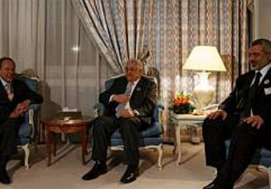 'Abbas agreed to meet PM to pacify US'