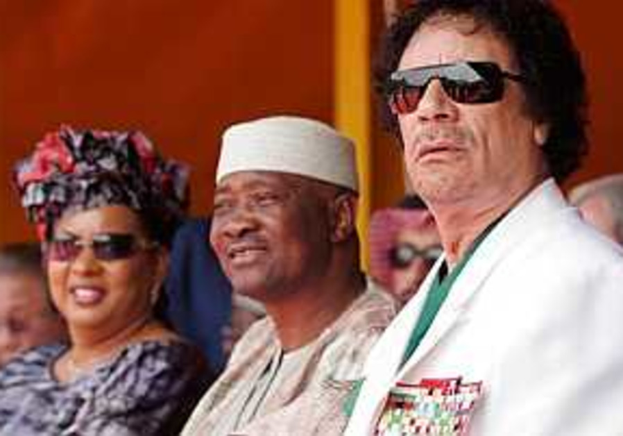 Gadhafi calls for payback for colonial mistreatment