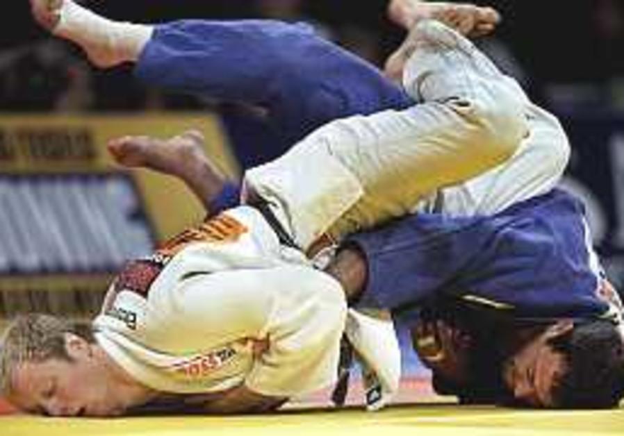 Judo: Ze'evi wins bronze at European Championships