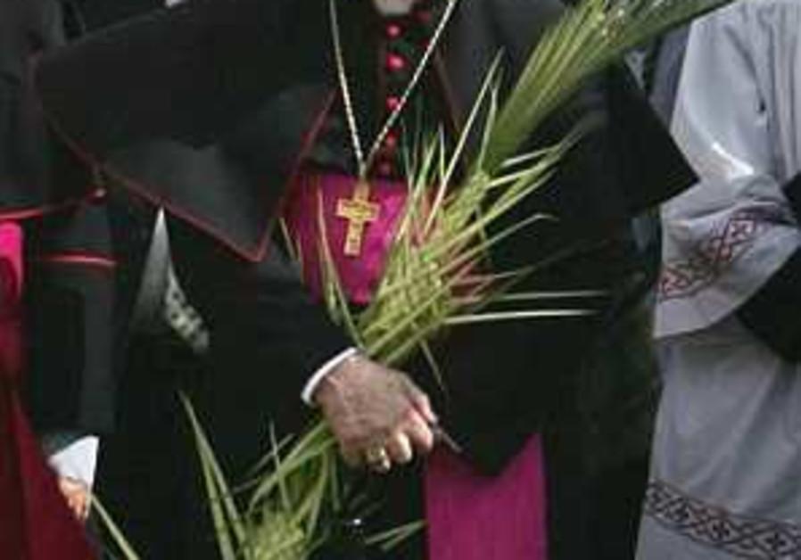 Vatican attends Holocaust memorial