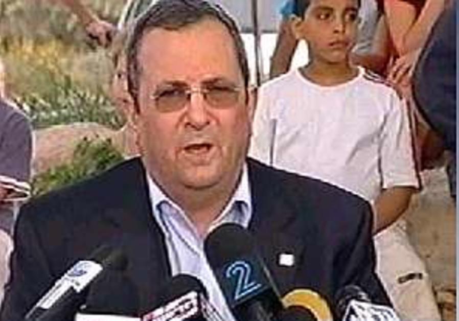 Barak calls for Olmert to resign