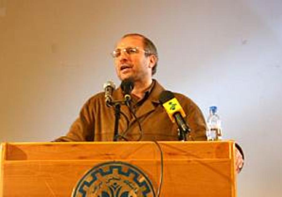 Iran seeks to thwart moderate Teheran mayor