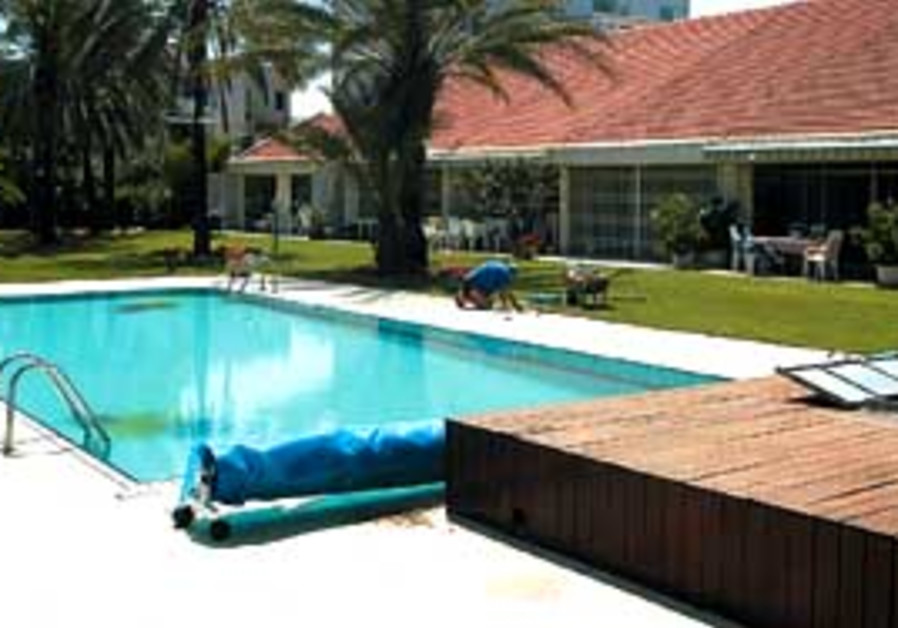 pool may 11 2007 298 88