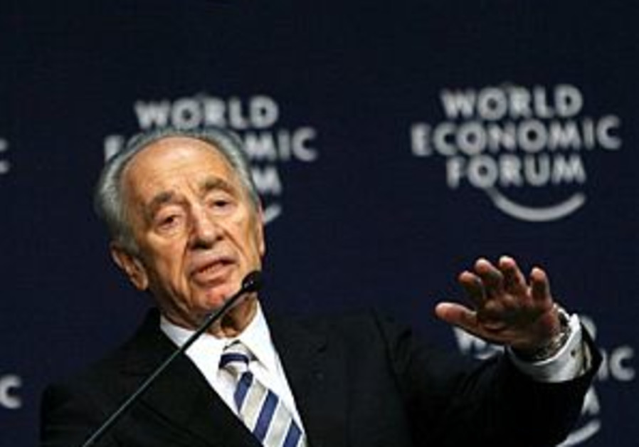 Peres vows alternative to Arab plan