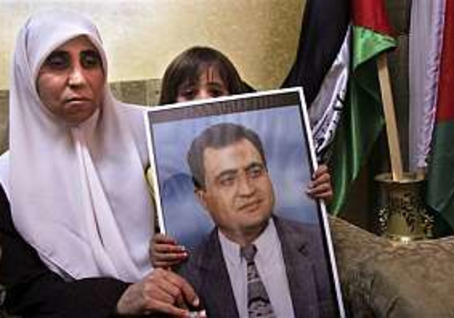 Israel defends Hamas member arrests