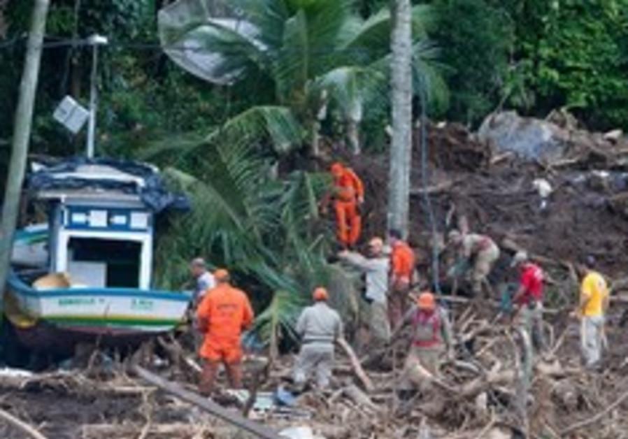 Brazilian mudslides 248x88 AP