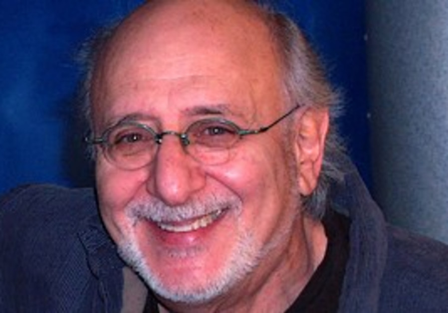 Peter Yarrow is coming to town.