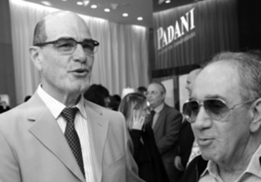Benny Padani (right), scion of the famous jewelry