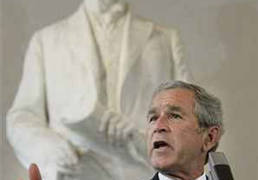 Bush chides Russia for 'derailed' democratic reforms