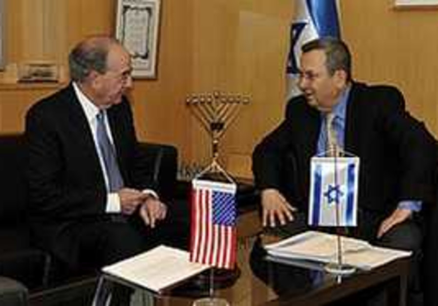 Barak meets with Mitchell in Tel Aviv, Thursday.