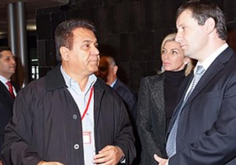 Tourism Minister Stas Mesezhnikov meets with the I