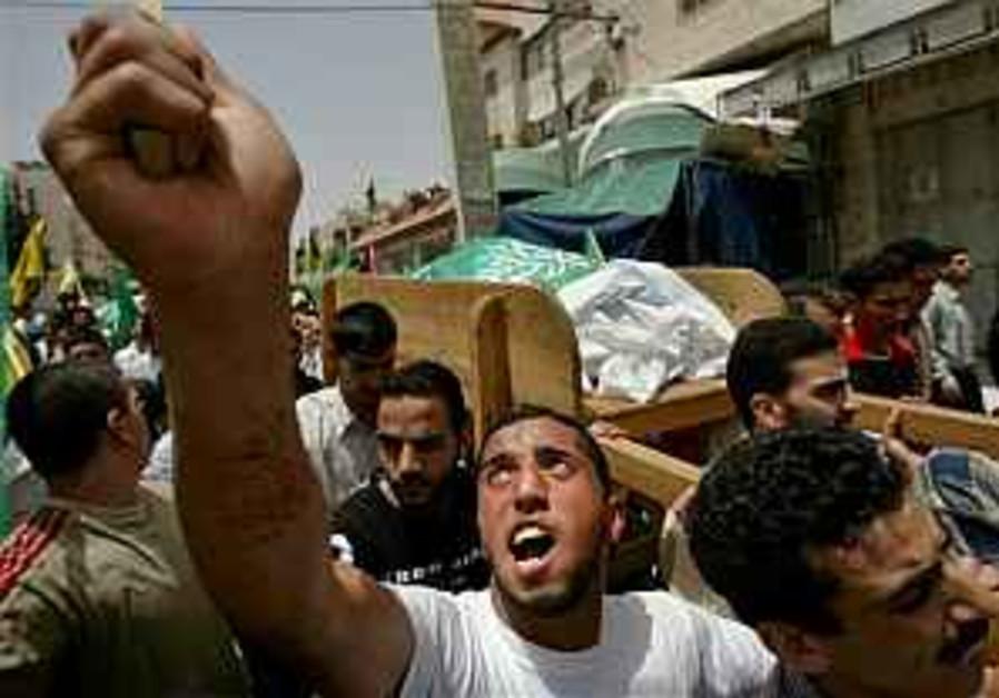 Hebron man killed during IDF raid