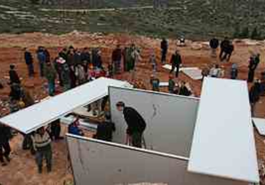 Settlers protest the moratorium on new constructio