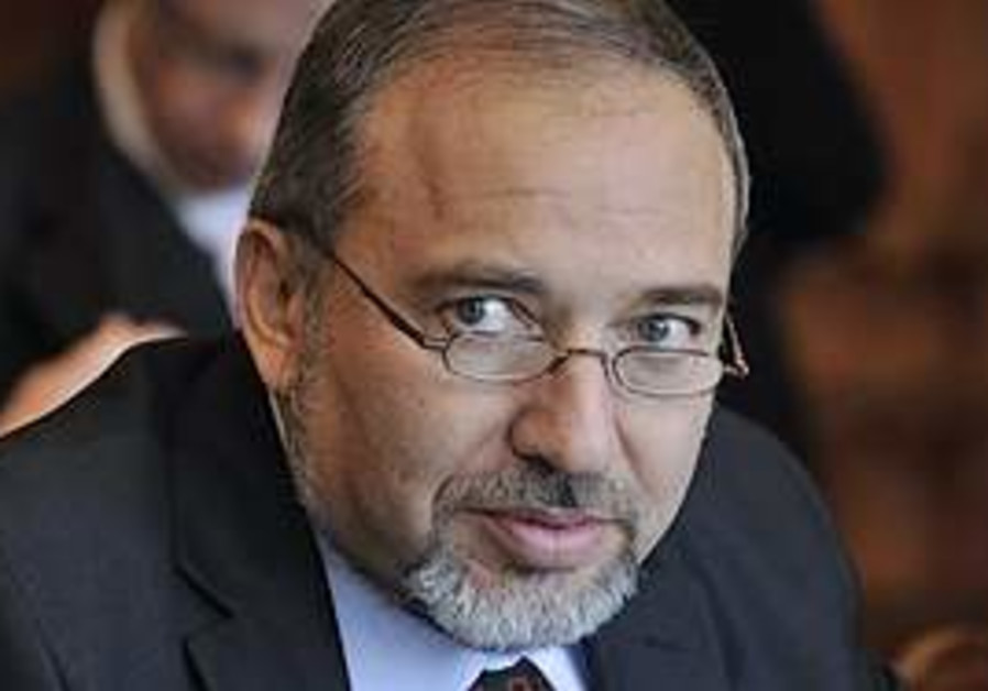 Foreign Minister Avigdor Lieberman in Hungary.