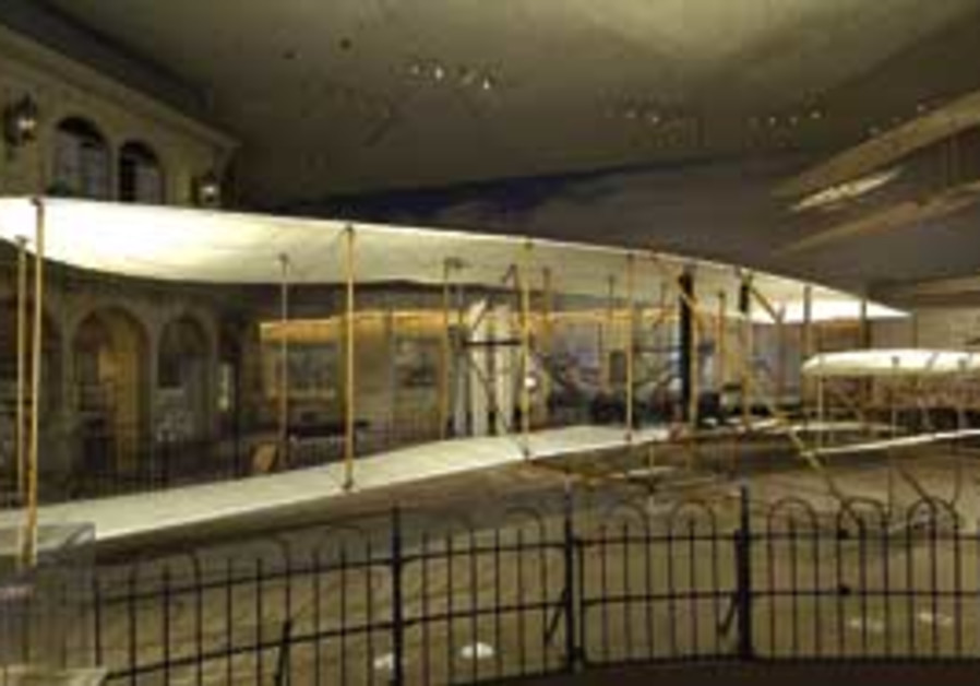 The original 1903 Wright Flyer is the centerpiece