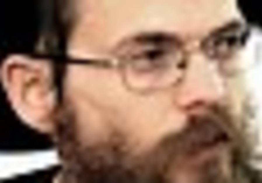 Rabbi Yizhak Shapira.