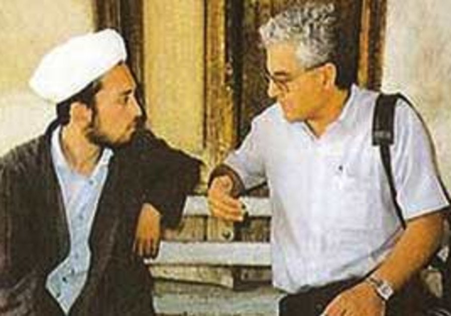 Benzion D. Yehoshua with the Imam of Shah-i-Zindah