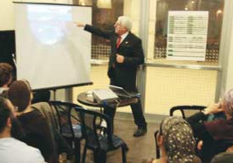 Ron Bowman teaches settlers