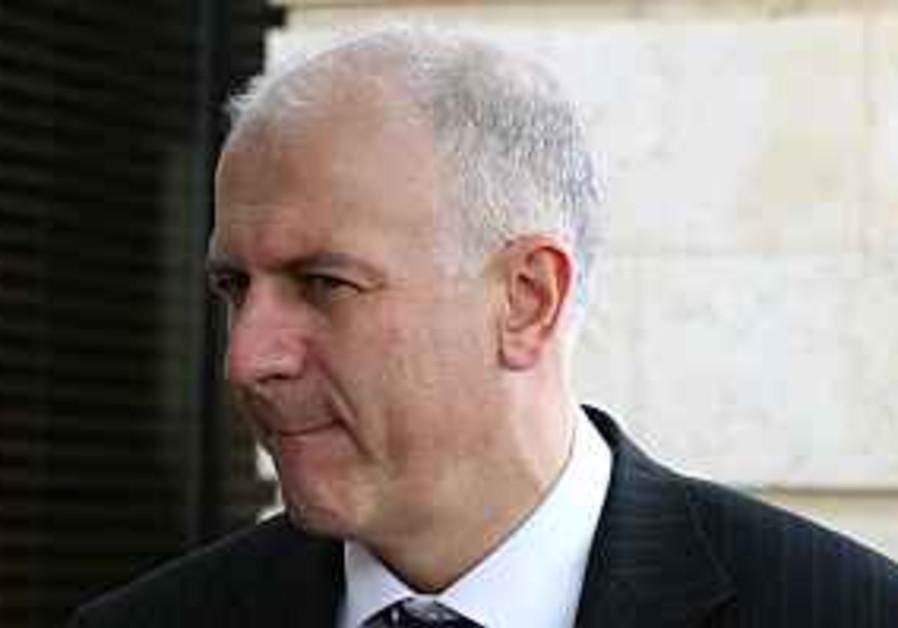 Rammell defends UK media on Israel